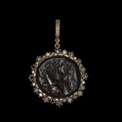 Closeup photo of Byzantine Coin AC 650