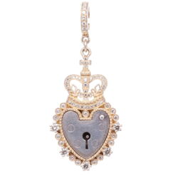 Closeup photo of Antique Padlock Heart with Crown Pendant