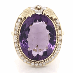 Closeup photo of 14K Yellow Gold Arts & Crafts 10ct Amethyst & Seed Pearl Ring, c1930