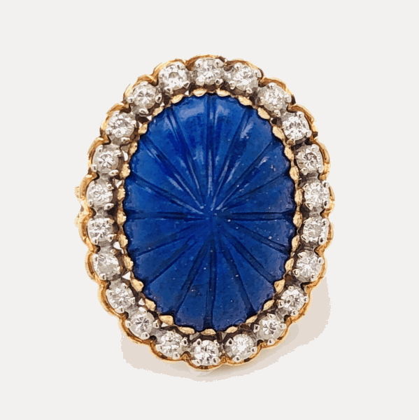 Closeup photo of 18K Yellow Gold Carved Cabochon Lapis Lazuli & .45tcw diamond Ring 9.3g, s5.5