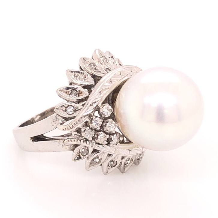 Image 2 for 14K White Gold Bombay 10mm Pearl & .25tcw Diamond Ring 9.4g, s4.75