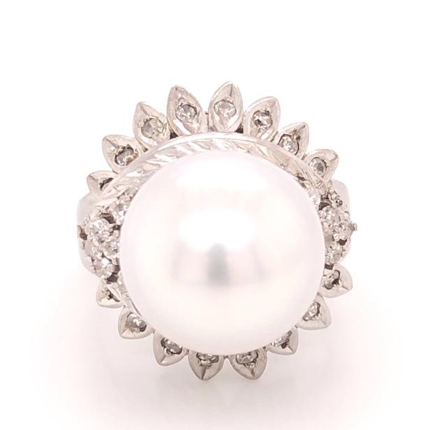 14K White Gold Bombay 10mm Pearl & .25tcw Diamond Ring 9.4g, s4.75