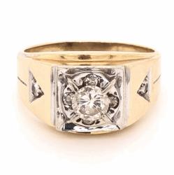 Closeup photo of 14K Yellow Gold Mens .64ct Round Brilliant Diamond & .15tcw diamond sides 6.8g, s10