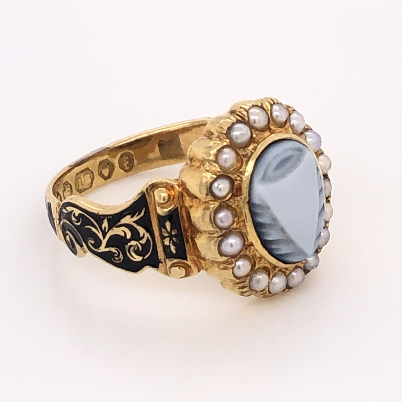 """14K Yellow Gold Victorian Carved Onyx, Seed Pearl & Enamel Ring """"c1863, In Memory"""" 4.7g, s6.5"""