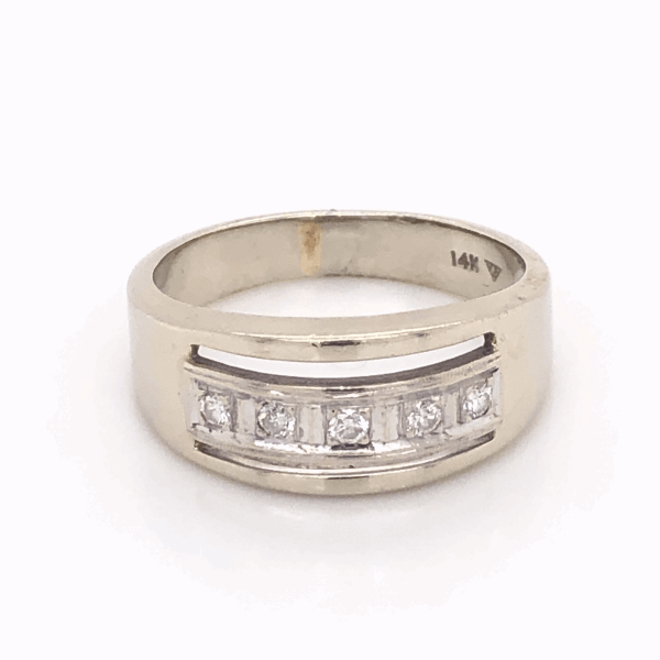 Closeup photo of 14K White Gold Gent's Diamond Band 5 Diamond are .15tcw 6.1g, s9.75