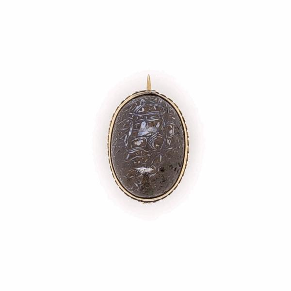 """Closeup photo of 14K Yellow Gold Victorian Boulder Opal Brooch 2.4g, .75"""" Wide"""