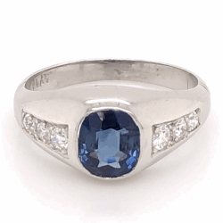 Closeup photo of Platinum 1.05ct Cushion Sapphire Art Deco Ring with .22tcw diamonds 5.1g, s5.25