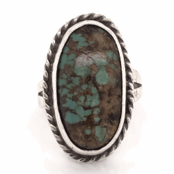 """Closeup photo of 925 Sterling Vintage Native Oval Turquoise Ring 7.0g, s7.75 1"""" Long"""