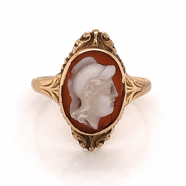 Closeup photo of 9K Victorian Carved Shell Cameo Ring c1880's, 2.3g, s5.75