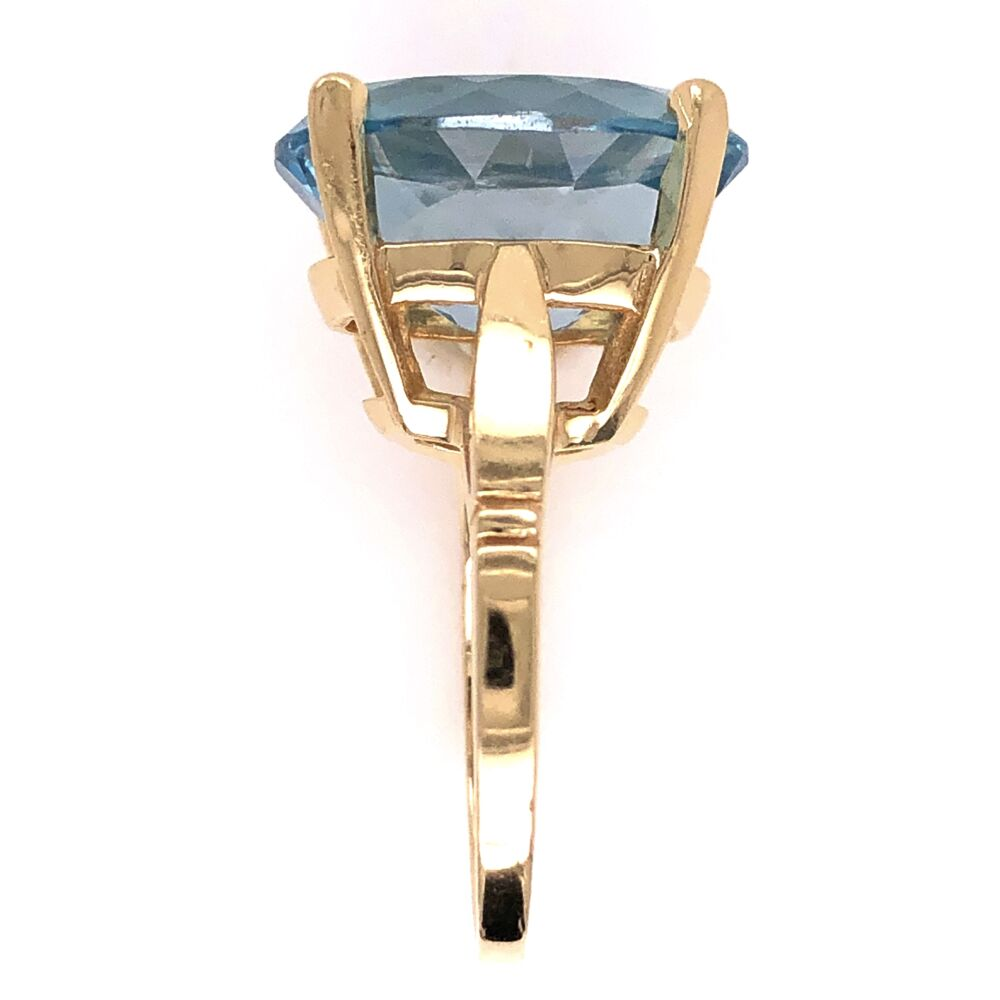 Image 2 for 14K Yellow Gold 20ct Oval Blue Topaz Solitaire Ring 6.6g, s6.5