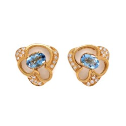 Closeup photo of 14K Yellow Gold Oval .90tcw Oval Aquamarine & .25tcw Diamond Earrings 5.3g