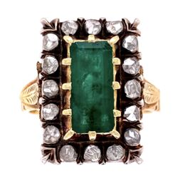 Closeup photo of 925 topped 18K Victorian Ring 2ct Emerald & 16 Rose Cut Diamonds are .50tcw 11.0g, s7