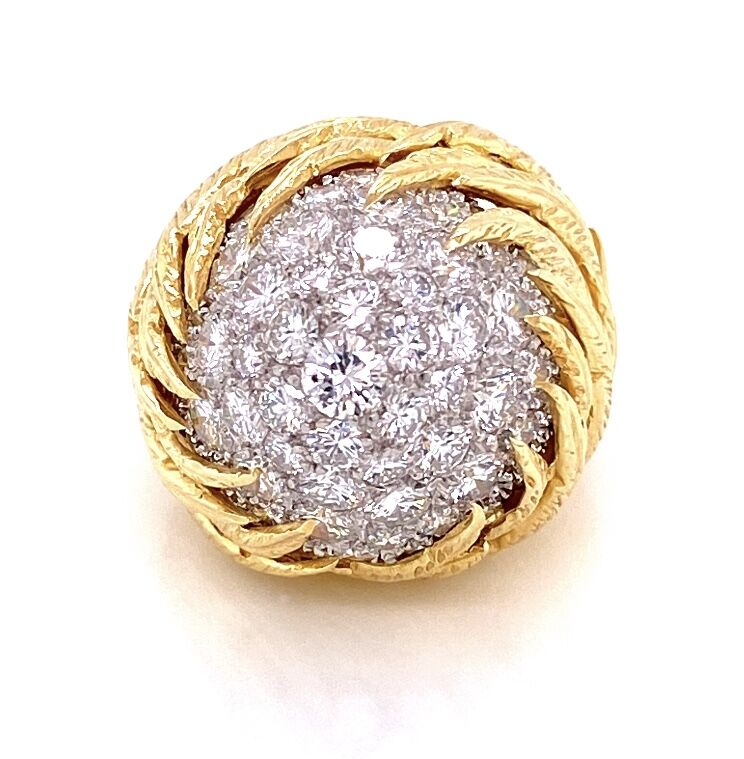Image 6 for 18K Yellow Gold Feathered Dome Bombay Ring 3.50tcw Collection Diamonds 20.3g, s5