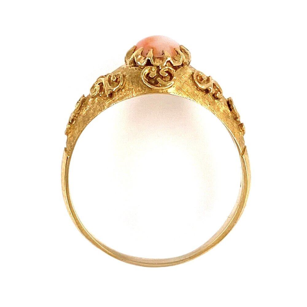 Image 2 for 18K Yellow Gold Etruscan Revival Oval Coral Ring c1960's 3.2g, s6