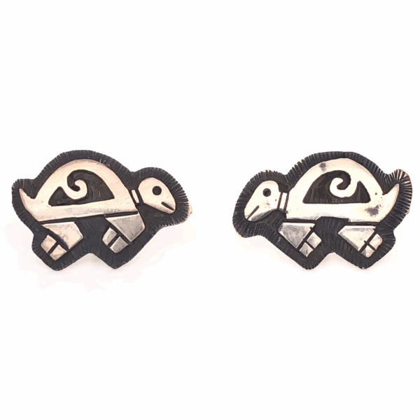 Closeup photo of 925 Sterling Vintage Native Turtle Stud Earrings 3.0g, No Backs
