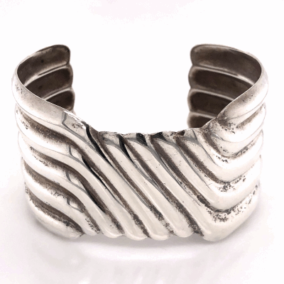 "Closeup photo of 925 Sterling Native 5 Row Sterling Cuff 39.3g, 1.5"" Wide"