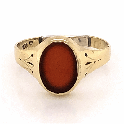 Closeup photo of 14K Yellow Gold Victorian Oval Carnelian Tablet Ring 2.2g, s7.5