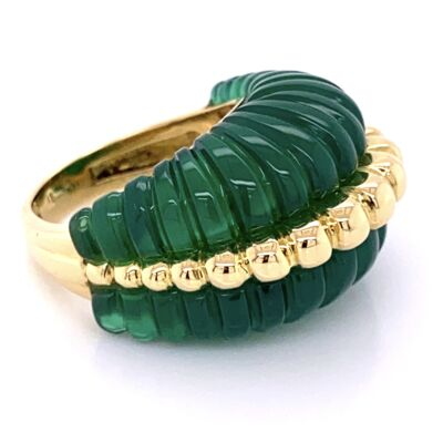 Closeup photo of 18K Yellow Gold Dome Ring with Carved & Fluted Green Quartz 14.1g, s6.75