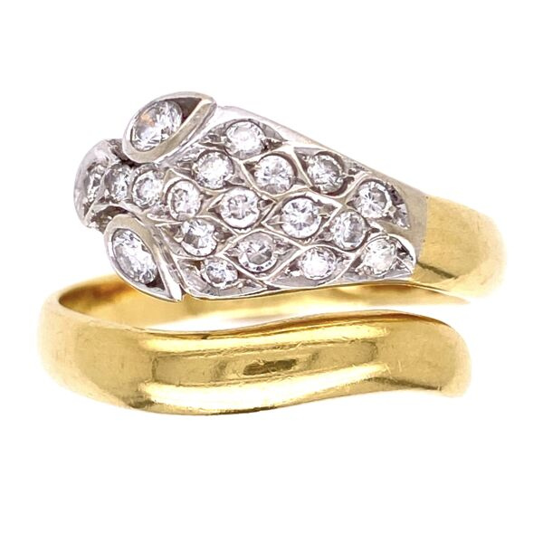 Closeup photo of 18K Yellow Gold Diamond Snake Head Ring .25tcw, 5.3g, s6.75