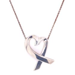 """Closeup photo of 925 Sterling TIFFANY Paloma Picasso Large Heart Necklace 12.9g, 24"""" Chain"""