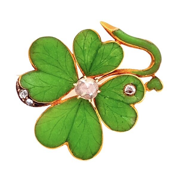 Closeup photo of 18K YG Enamel & Diamond Four Leaf Clover
