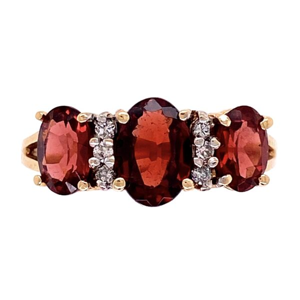 Closeup photo of 10K YG 3 Stone Garnet & Diamond Ring 3.3g