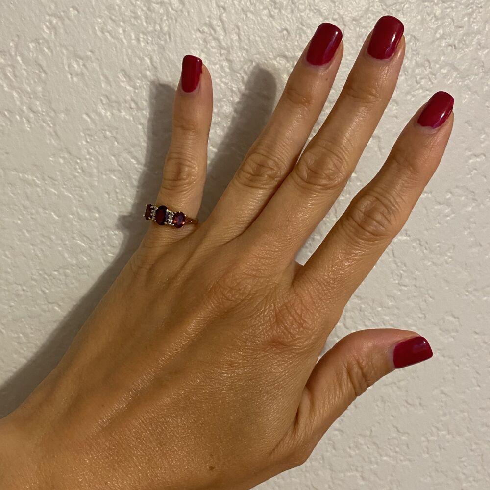 10K YG 3 Stone Garnet & Diamond Ring 3.3g