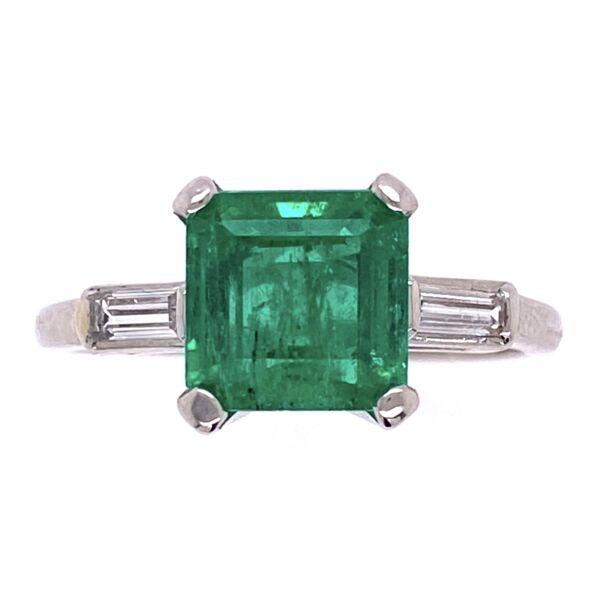 Closeup photo of Platinum 1950's 1.93ct Square Emerald Cut Green Emerald & 2 Baguette's .25tcw, s7