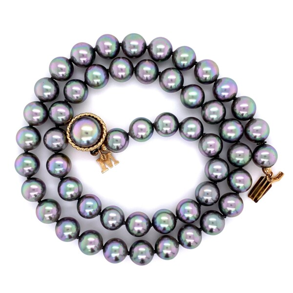 "Closeup photo of Grey Tahitian Majorica Pearl 18"" Strand in Yellow Gold Plated 925"
