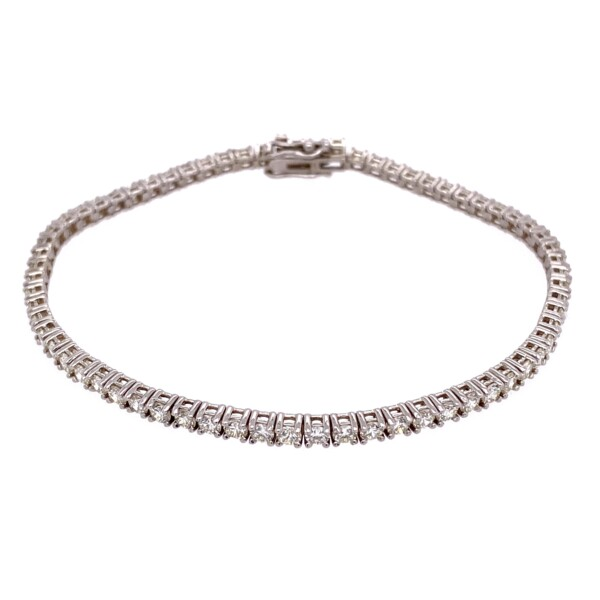 Closeup photo of 14K WG Straight Line Diamond Tennis Bracelet 3.76tcw, 7""
