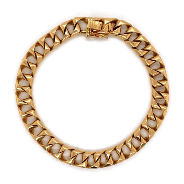 Closeup photo of 18K YG Squared Curb Link Bracelet 47.3g, 8.75""