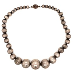"""Closeup photo of 925 Sterling Bead Necklace 21-5.7mm 71.5g, 16"""""""