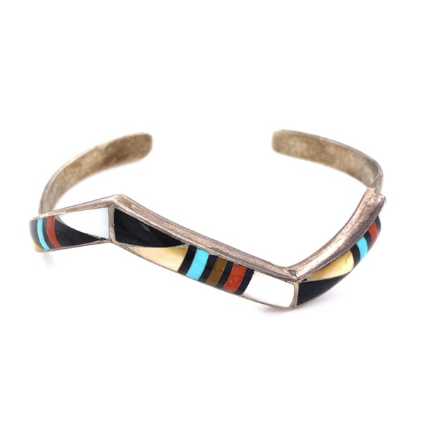 Closeup photo of 925 Sterling Native ZUNI Gemstone Inlay Cuff 15.9g