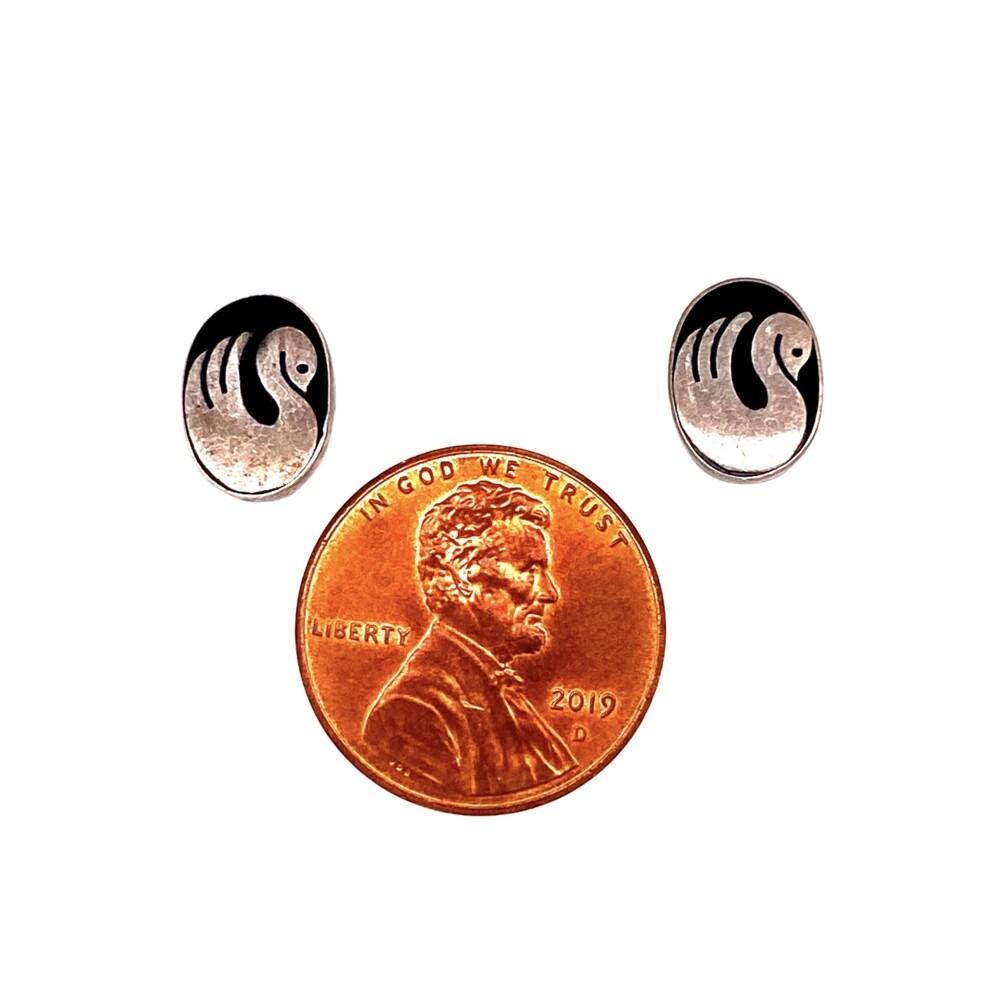 Image 2 for 925 Sterling Oval Swan Black Resin Earrings 1.2g