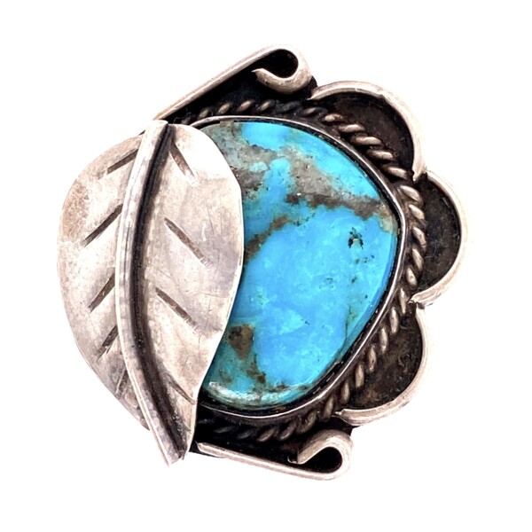 Closeup photo of 925 Sterling Native Turquoise Ring Leaf Over Design 6.1g, s8.25