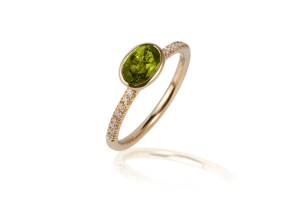 Closeup photo of Gossip Peridot Ring
