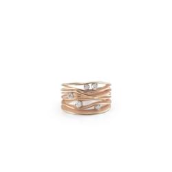 Closeup photo of Dune Ring 5 (Pink Gold)