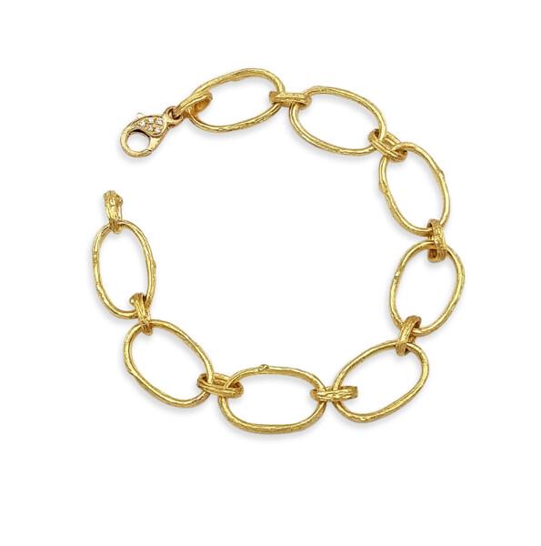 Closeup photo of Olive Branch Link Bracelet