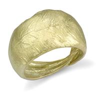 Closeup photo of Olive Leaf Ring