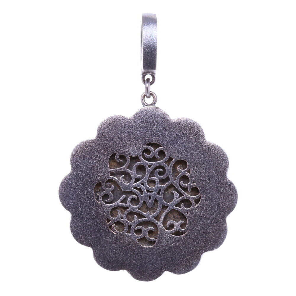 Image 3 for 15-16th C. Flower shaped Artifact Pendant