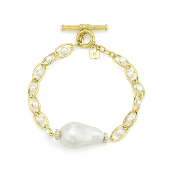 Closeup photo of Single Baroque Pearl Chain Bracelet With Diamonds