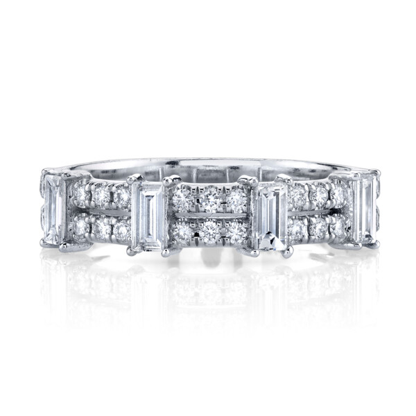 Closeup photo of Diamond Ring With Baguette Stations