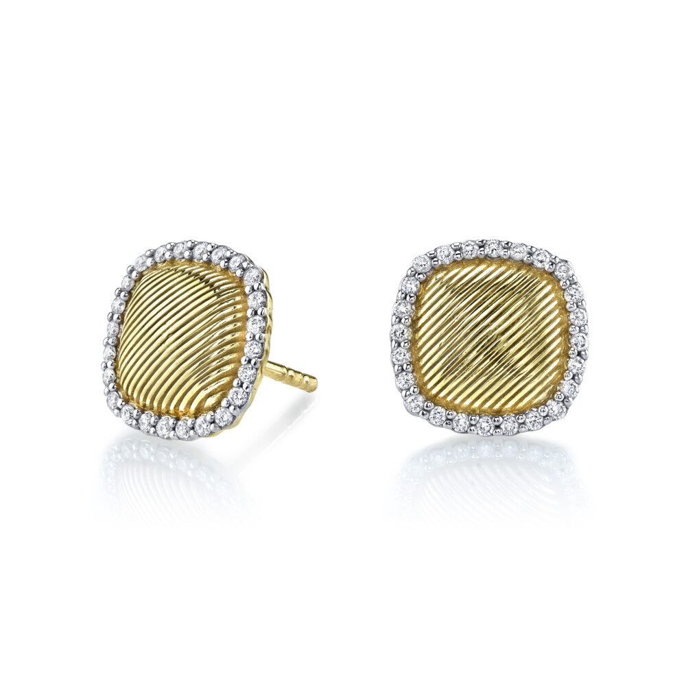 Strie Cushion Stud Earrings With Diamonds