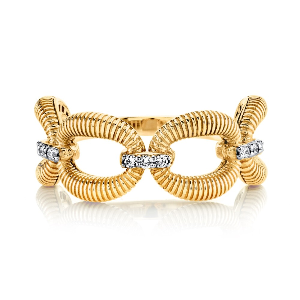 Strie Donut Ring With Diamonds