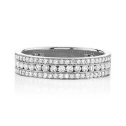 Closeup photo of Pave Diamond Triple Row Band