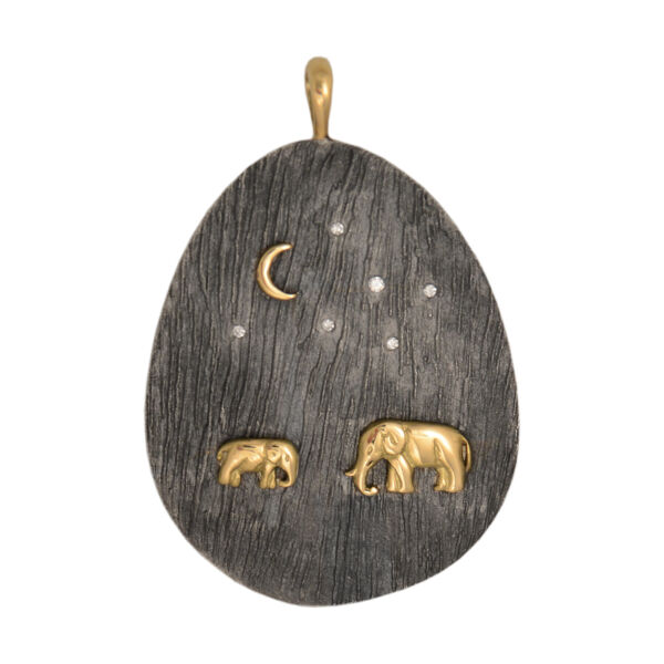 Closeup photo of Tsavo Nights Large Pendant