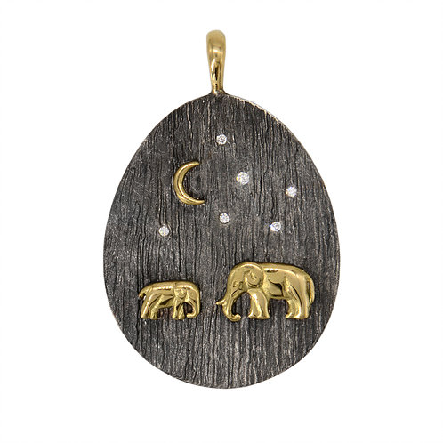 Closeup photo of Tsavo Nights Small Pendant - Silver