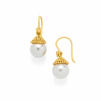 Closeup photo of Pearl Drop Earrings Florentine