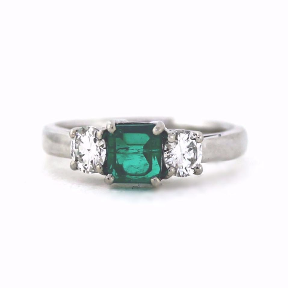 Emerald Center with DIA accents ring