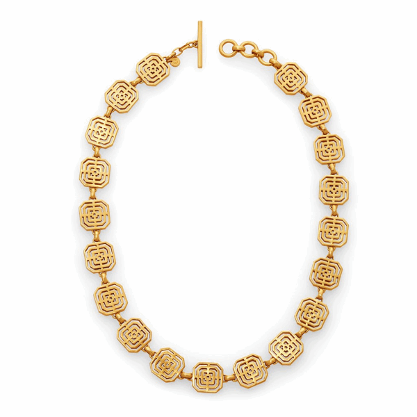 Closeup photo of Geneva Gold Necklace
